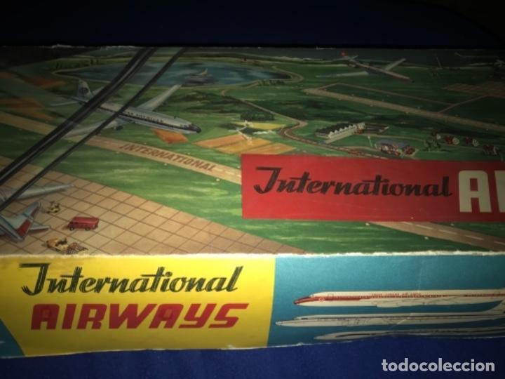 Juguetes antiguos de hojalata: International AIRWAYS - Technofix - Modelo 309 - Buen estado - Made in W Germany años 60 - Foto 39 - 210698091