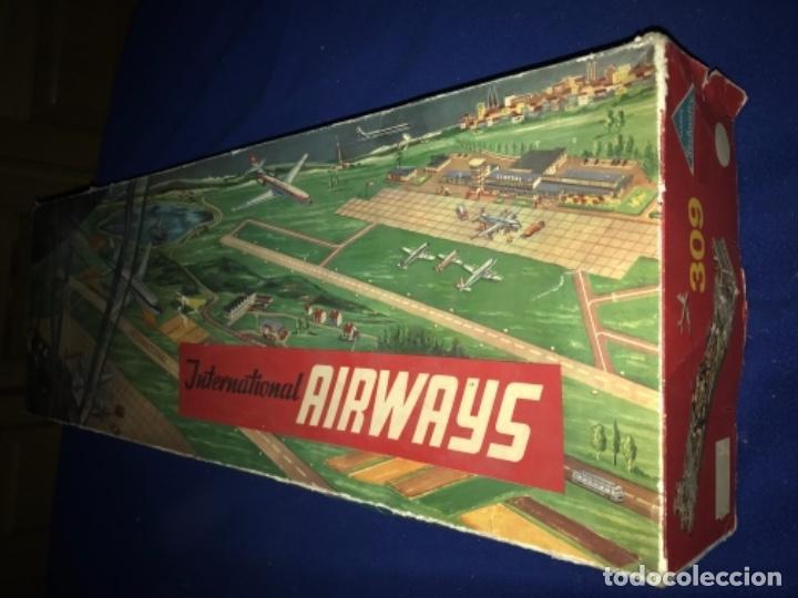 Juguetes antiguos de hojalata: International AIRWAYS - Technofix - Modelo 309 - Buen estado - Made in W Germany años 60 - Foto 41 - 210698091