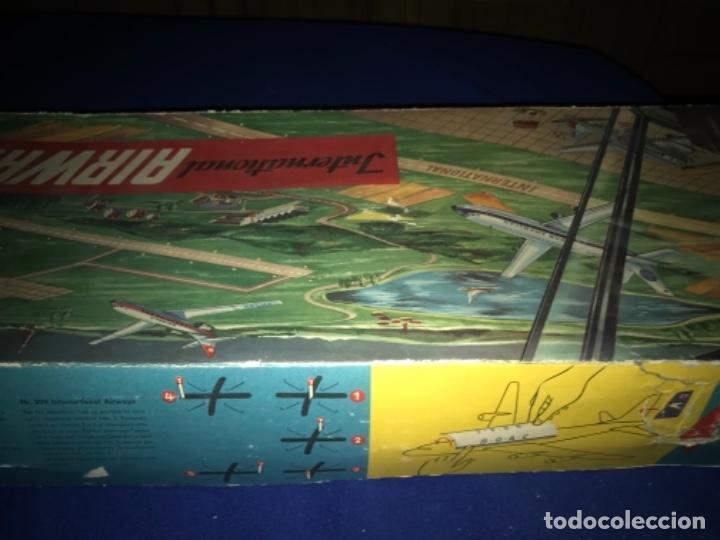 Juguetes antiguos de hojalata: International AIRWAYS - Technofix - Modelo 309 - Buen estado - Made in W Germany años 60 - Foto 43 - 210698091
