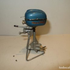 Brinquedos antigos de folha-de-Flandres: MOTOR FUERA BORDA MADE IN JAPAN A PILAS IMPECABLE ESTADO,RARO DE VER. Lote 210780456