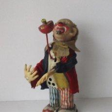 Juguetes antiguos de hojalata: JUGUETE PAYASO - DE HOJALATA, MADE IN JAPAN. Lote 211893530