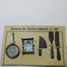 Juguetes antiguos de hojalata: BATERÍA DE COCINA INFANTL. Lote 213616923
