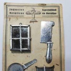 Juguetes antiguos de hojalata: BARATIJAS HOJALATA EN PANOPLIA. Lote 213617160