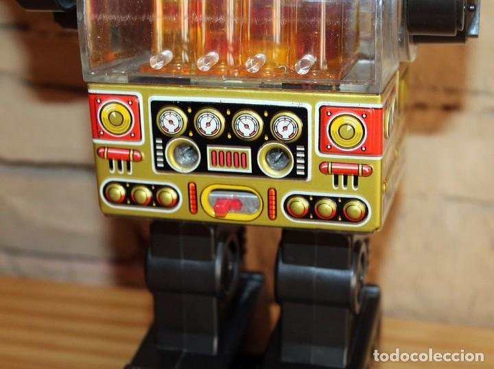 Juguetes antiguos de hojalata: ANTIGUO PISTON ROBOT - HORIKAWA - MADE IN JAPAN - AÑOS 70 - HOJALATA Y PLASTICO - JAPONES - Foto 5 - 213643920