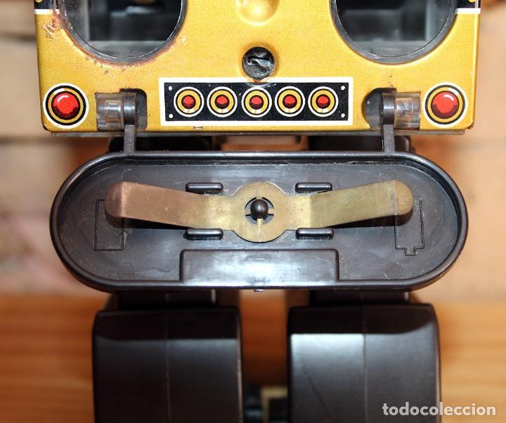 Juguetes antiguos de hojalata: ANTIGUO PISTON ROBOT - HORIKAWA - MADE IN JAPAN - AÑOS 70 - HOJALATA Y PLASTICO - JAPONES - Foto 17 - 213643920