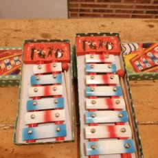 Juguetes antiguos de hojalata: LOTE 2 XILÓFONOS JUGUETE AÑOS 50. Lote 214768612