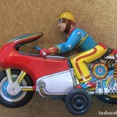 Juguetes antiguos de hojalata: MOTO CHAPA A FRICCION. Lote 214778890