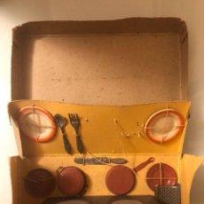 Juguetes antiguos de hojalata: COCINA MECANICA IBENSE. Lote 220432535