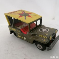 Juguetes antiguos de hojalata: ANTIGUO JEEP MILITAR, U.S. ARMY 00521, MADE IN JAPAN. Lote 221918273
