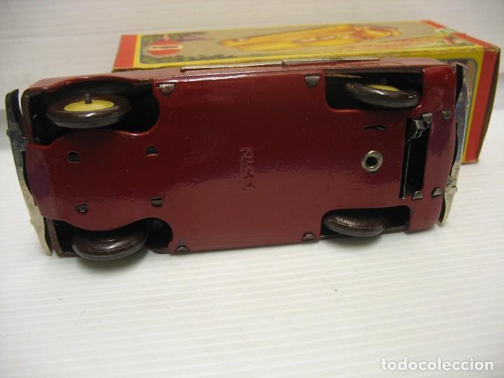 Juguetes antiguos de hojalata: coche rico descapotable con su caja - Foto 2 - 221967112