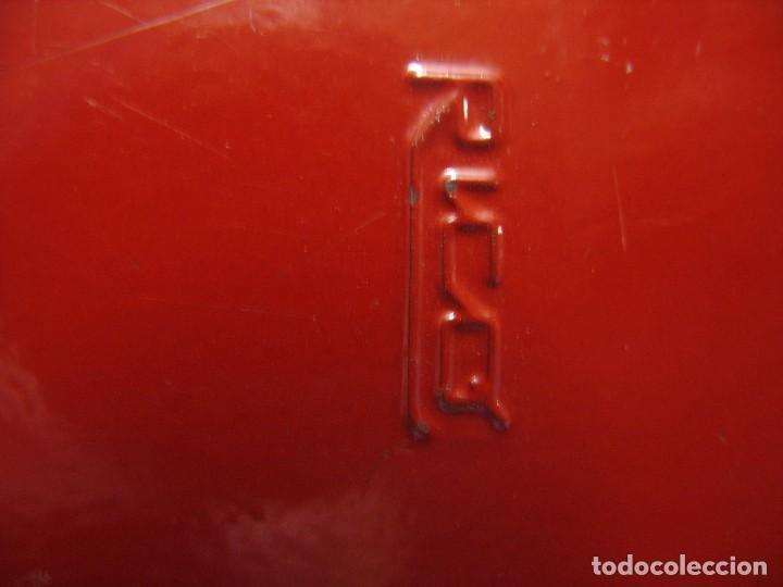 Juguetes antiguos de hojalata: coche rico descapotable con su caja - Foto 7 - 221967112