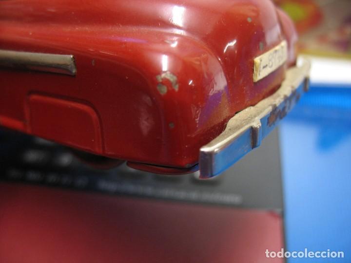 Juguetes antiguos de hojalata: coche rico descapotable con su caja - Foto 17 - 221967112