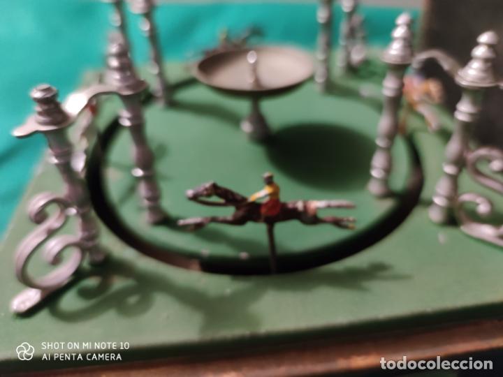 Juguetes antiguos de hojalata: PRECIOSO Y RARO JUGUETE DE APUESTAS CARRERAS DE CABALLOS SIGLO XIX MEDIDAS 22 X 22 cm - Foto 9 - 221976256