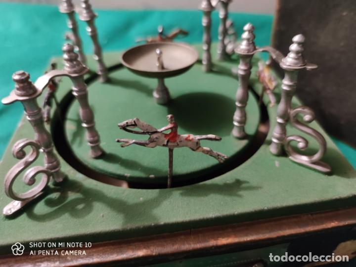 Juguetes antiguos de hojalata: PRECIOSO Y RARO JUGUETE DE APUESTAS CARRERAS DE CABALLOS SIGLO XIX MEDIDAS 22 X 22 cm - Foto 10 - 221976256