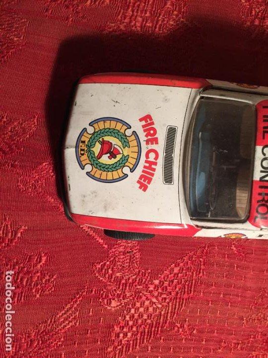 Juguetes antiguos de hojalata: Antiguo coche de juguete marca Román Fire Chief fire control años 70 - Foto 2 - 224904528
