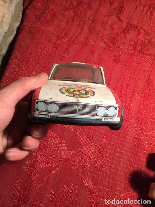 Juguetes antiguos de hojalata: Antiguo coche de juguete marca Román Fire Chief fire control años 70 - Foto 4 - 224904528