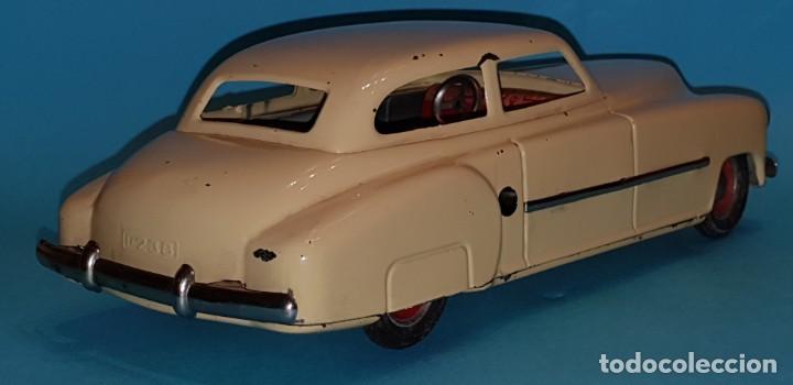 Juguetes antiguos de hojalata: Auto sedan de RICO, años 40, funcionando a fricción. - Foto 4 - 227133880