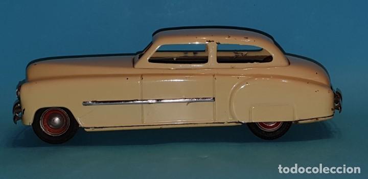 Juguetes antiguos de hojalata: Auto sedan de RICO, años 40, funcionando a fricción. - Foto 5 - 227133880