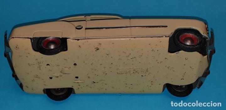 Juguetes antiguos de hojalata: Auto sedan de RICO, años 40, funcionando a fricción. - Foto 8 - 227133880