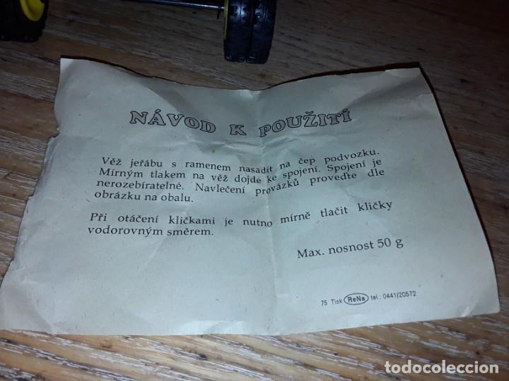 Juguetes antiguos de hojalata: Grua nueva en caja, metálica, Kovap. - Foto 6 - 232939785