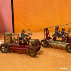 Juguetes antiguos de hojalata: LOTE DOS CAMIONES DE BOMBEROS HOJALATA REFE 3751. Lote 235359090