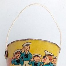 Juguetes antiguos de hojalata: ANTIGUO CUBO INFANTIL DE PLAYA, HOJALATA. Lote 235664785