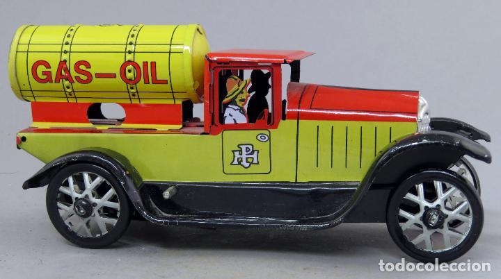 Juguetes antiguos de hojalata: Camión Gas Oil Gasoil Paya Juguetes de Antaño RBA hojalata a cuerda funciona - Foto 2 - 239415995