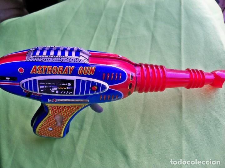 Juguetes antiguos de hojalata: Antigua pistola Espacial de chapa y platico SHUDO made in Japan - Foto 11 - 241551460