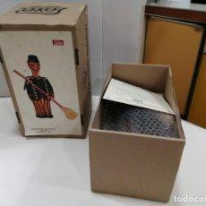 Juguetes antiguos de hojalata: BARRENDERO PAYA DE 1933 - REPRODUCCION CERTIFICADA Y NUMERADA REF. 609. Lote 241939325