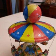 Juguetes antiguos de hojalata: EL CARRUSEL DE BARCAS. Lote 242140195