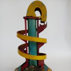 Brinquedos antigos de folha-de-Flandres: TOBOGAN DE PAYA AÑOS 30, FUNCIONA PERFECTAMENTA MUY BUEN ESTADO DE CONSERVACION.. Lote 244723895