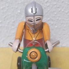 Juguetes antiguos de hojalata: MOTO HOJALATA AÑOS 80. Lote 245302480
