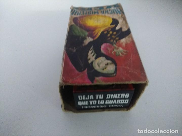 Juguetes antiguos de hojalata: HUCHA MISTERIO HEDI/MADE IN SPAIN AÑOS 70. - Foto 5 - 245565335