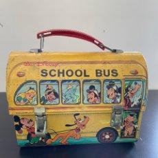 Jouets anciens en fer-blanc: CABÁS SCHOOL BUS WALT DISNEY TARTERA LUNCH BOX HOJALATA METAL SERIGRAFIADA FABRICADO EN IBI ALICANTE. Lote 248484860