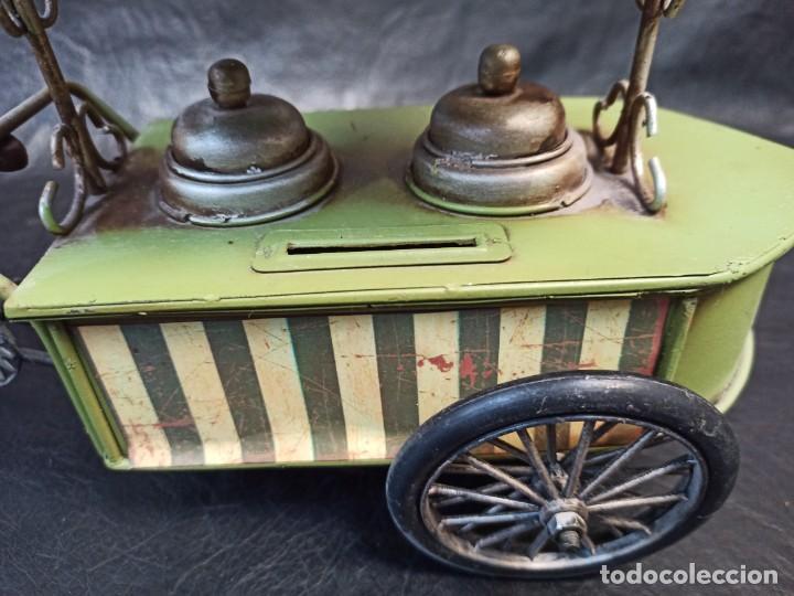 Juguetes antiguos de hojalata: Decorativa bici, carrito de helados. Hucha. V3 - Foto 4 - 248953980