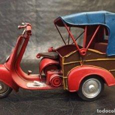 Brinquedos antigos de folha-de-Flandres: DECORATIVO MOTOCARRO. V3. Lote 248955390
