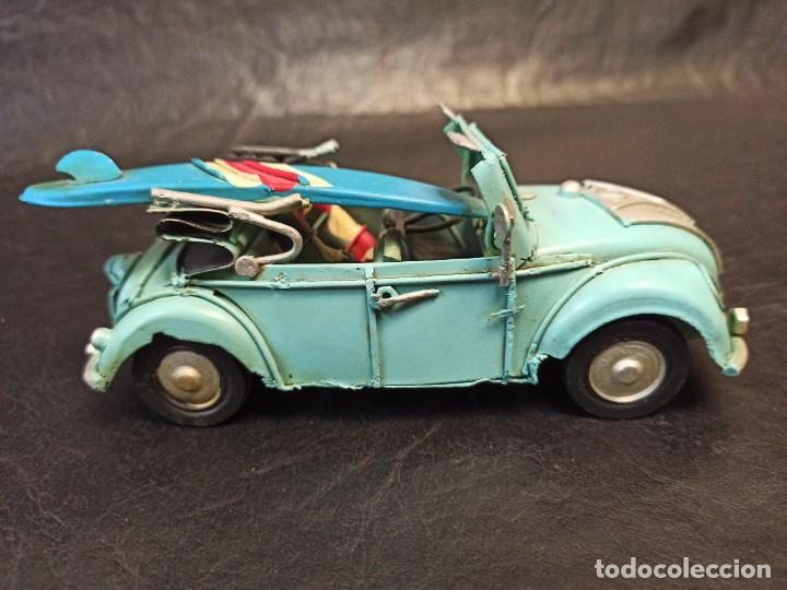 Juguetes antiguos de hojalata: Decorativo escarabajo surfero. Volkswagen. V3 - Foto 3 - 248961520
