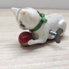 Giocattoli antichi di latta: GATO PAYÁ A CUERDA AÑOS 60. Lote 250340190