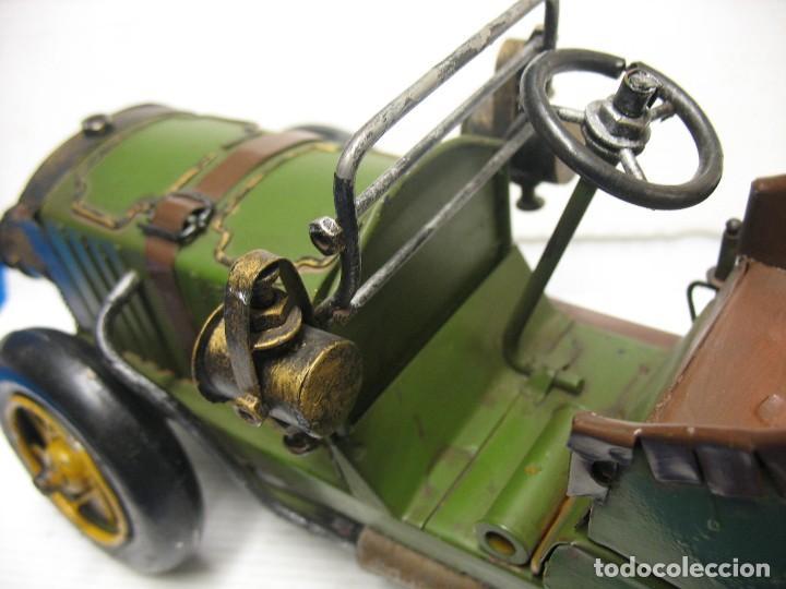 Juguetes antiguos de hojalata: coche vintage - Foto 3 - 251369155