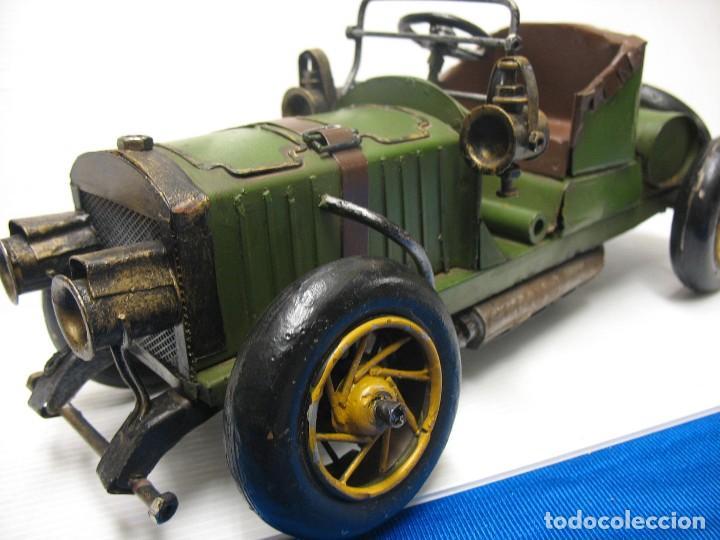 Juguetes antiguos de hojalata: coche vintage - Foto 8 - 251369155