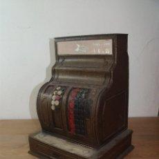 Juguetes antiguos de hojalata: REPLICA CAJA REGISTRADORA 33 X 20 CMS CAJON Y COMPUERTA EN METAL U HOJALATA. Lote 253769370