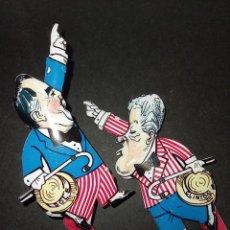 Juguetes antiguos de hojalata: JUGUETE DE HOJALATA DE BILL CLINTON Y BOB DOLE 1996 USA CAMPAÑA ELECTORAL. EL GRAN DEBATE - POLÍTICA. Lote 255544820