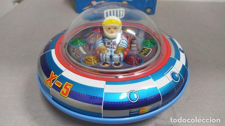 Juguetes antiguos de hojalata: Space ship X-5 de Masudaya modern toys con caja, años 60. Funcionando - Foto 2 - 262451495
