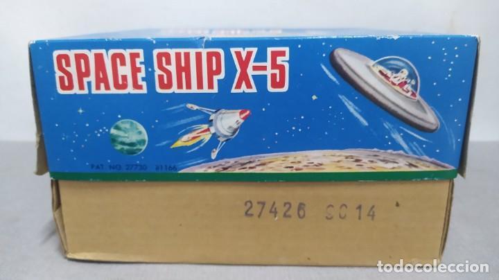 Juguetes antiguos de hojalata: Space ship X-5 de Masudaya modern toys con caja, años 60. Funcionando - Foto 10 - 262451495