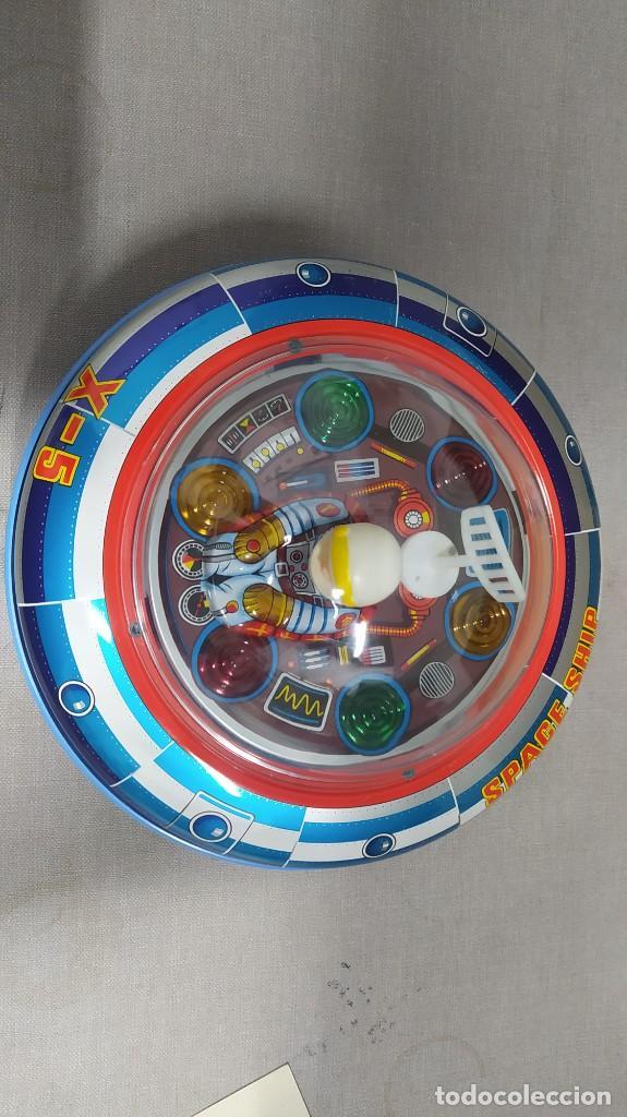 Juguetes antiguos de hojalata: Space ship X-5 de Masudaya modern toys con caja, años 60. Funcionando - Foto 15 - 262451495