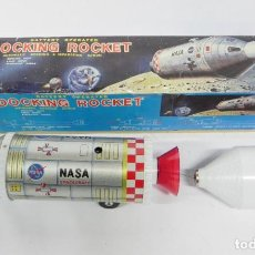 Juguetes antiguos de hojalata: DOCKING ROCKET NASA SPACECRAFT SPACE TIN TOY DAIYA JAPAN, COHETE DE ACOPLAMIENTO DAIYA SPACE TOY HEC. Lote 262855560