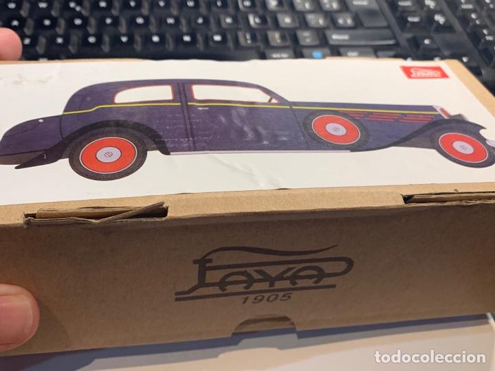Juguetes antiguos de hojalata: Coche Epoca PAYA - Limusina - juguete hojalata nuevo - reproducción en su caja original- - Foto 15 - 263226535