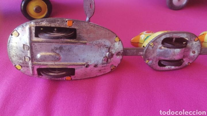 Juguetes antiguos de hojalata: Juguete juego tren de patos a cuerda años 60 - Foto 2 - 268928294