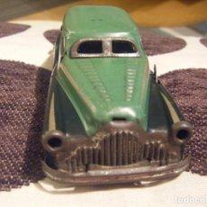 Juguetes antiguos de hojalata: VINTAGE TINPLATE CLOCKWORK JOUSTRA RADAR CAR GREEN 1950S. Lote 270126243
