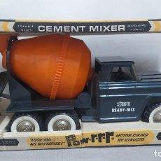 Brinquedos antigos de folha-de-Flandres: STRUCTO CEMENT MIXER POW RRR MODEL 450 CON CAJA, NUNCA USADO. AÑO 1966. Lote 271587413